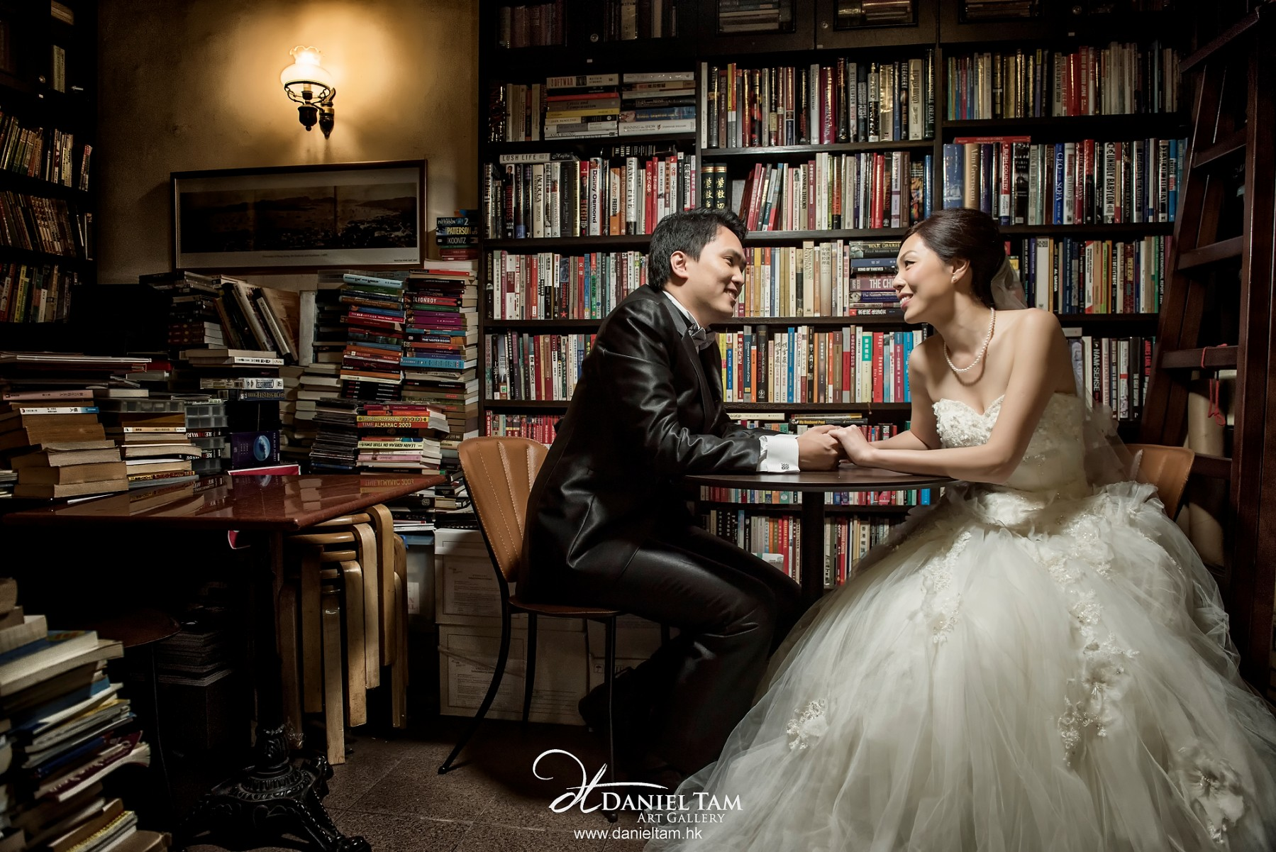 book shop hong kong prewedding