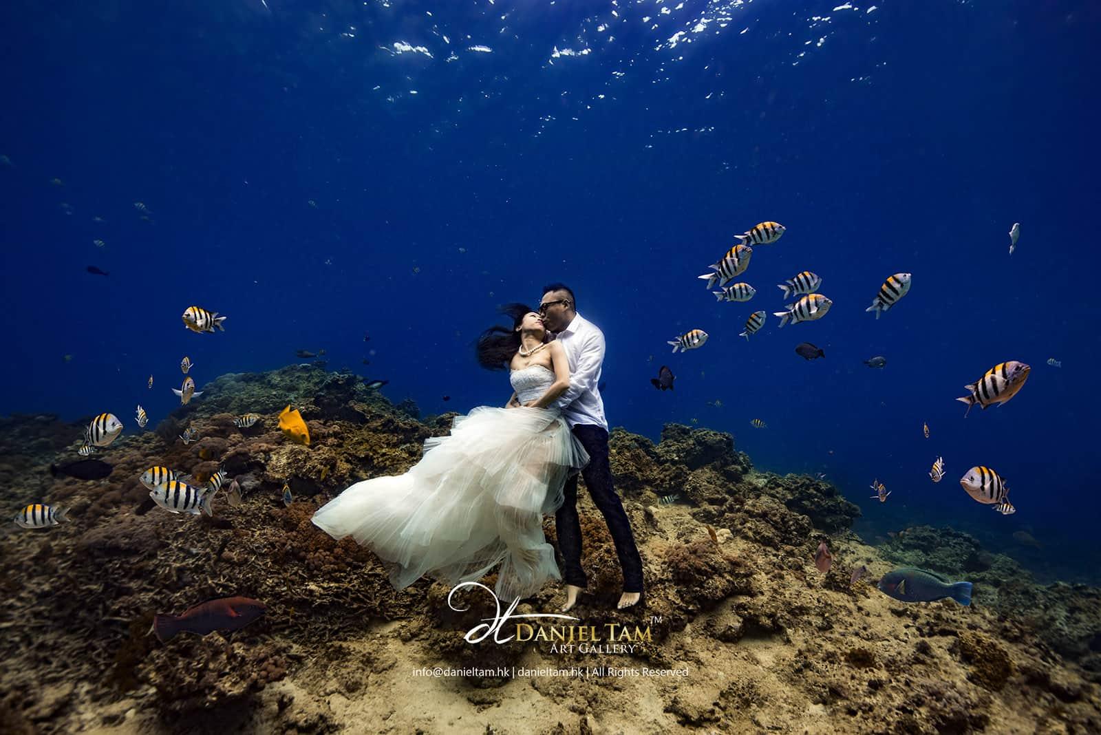 underwater-pre-wedding-kanas-christopher-daniel-tam-1600px-min