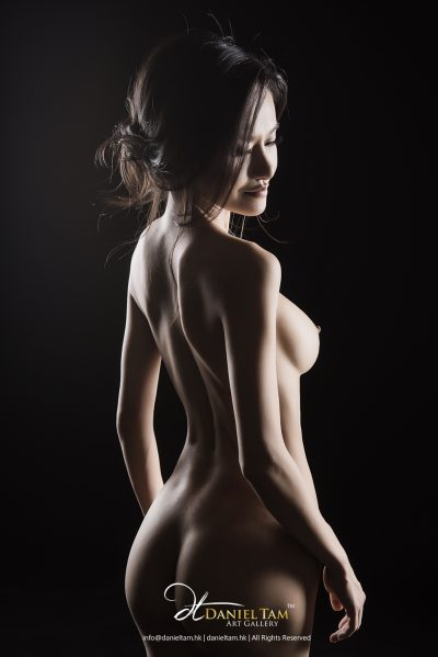 Nude Portrait by daniel tam
