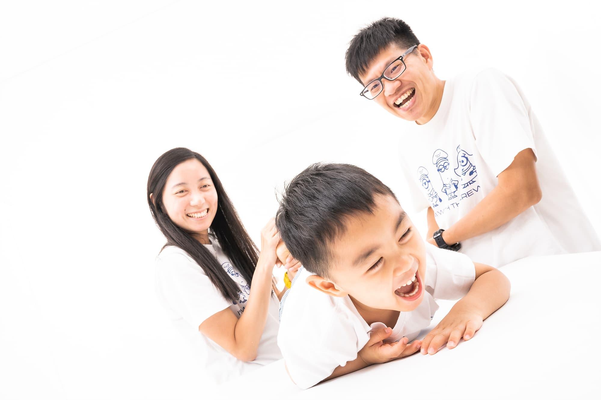 DAWN FAMILY PORTRAIT – by Daniel's Team